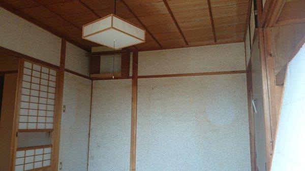 和室の壁も塗り替えます。 玄関とホールの壁も塗り替えます。