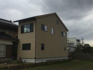 S様邸外壁と内装が完成しました。